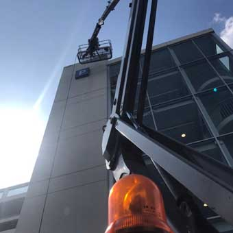 clearview cleaning - cherry picker 2