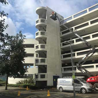 clearview cleaning - cherry picker 3